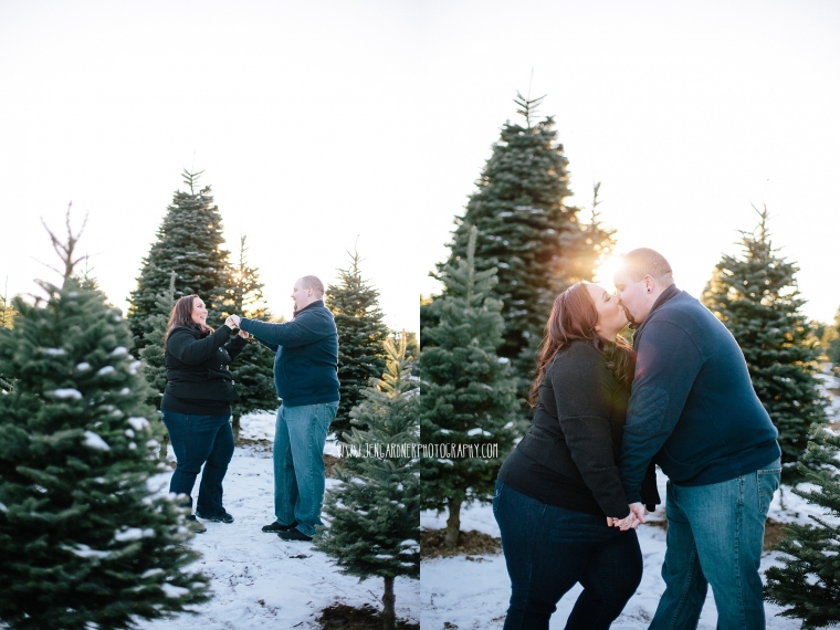 AMANDA & MARTY | VANCOUVER, WA | CHRISTMAS TREE FARM ENGAGEMENT ...